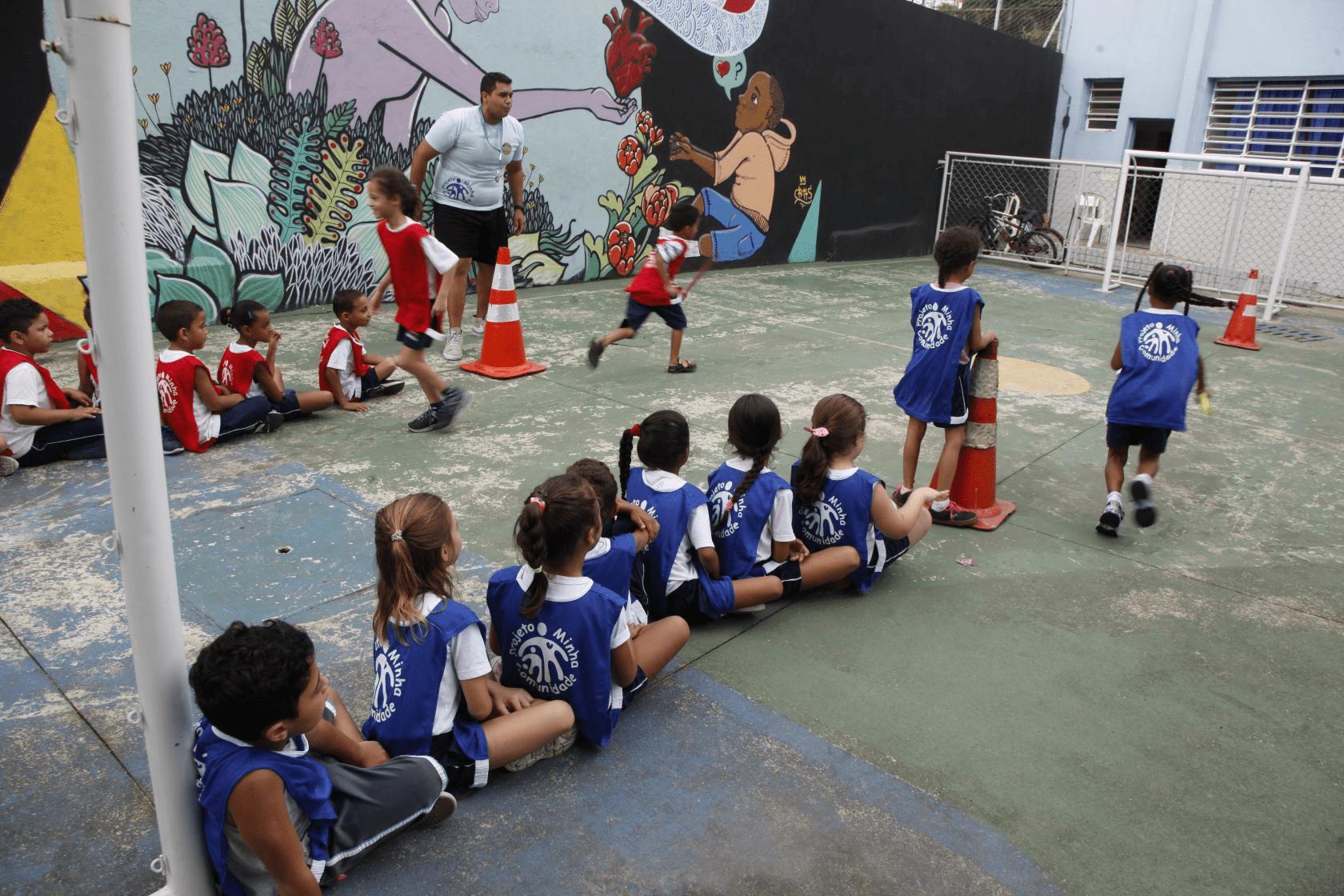Escola MARTINS NUCLEO JORNADA AMPLIADA - em SABOO, SANTOS, SP