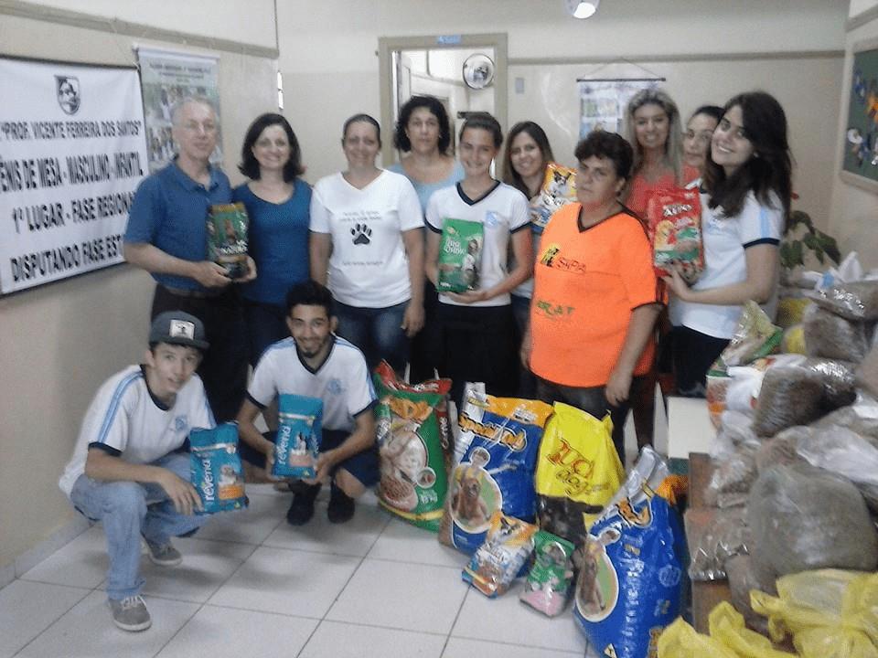 Escola VICENTE FERREIRA DOS SANTOS PROFESSOR - em JARDIM CANDIDA, ARARAS, SP