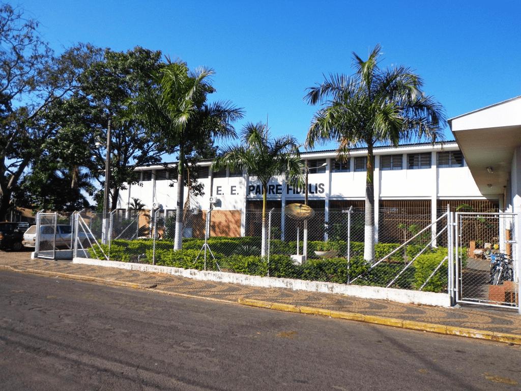 Escola FIDELIS PADRE - em CENTRO, TANABI, SP